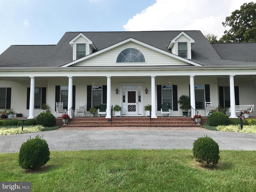 Exterior (Front) - 1600 MILLWOOD PIKE, WINCHESTER