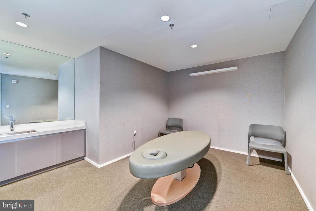 Massage Room - 925 H ST NW #613, WASHINGTON