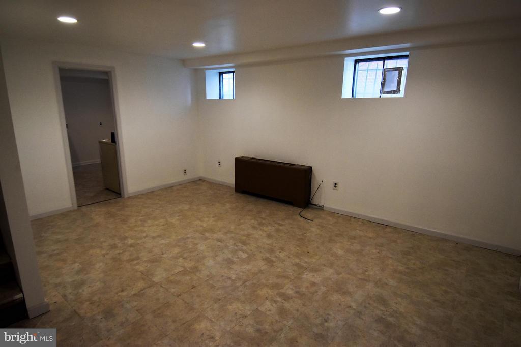 Family Room - 7527 9TH ST NW, WASHINGTON