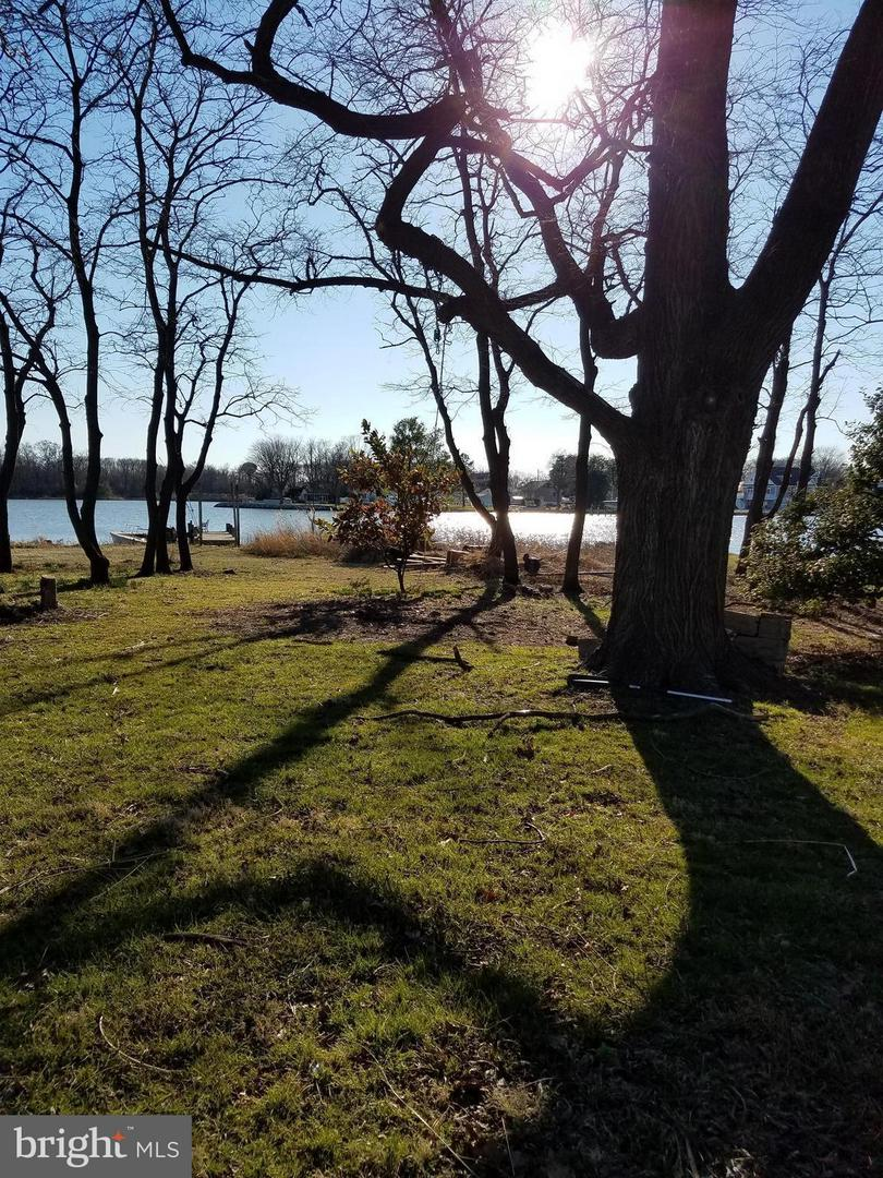 Land for Sale at 7827 Denton Avenue Sparrows Point, Maryland 21219 United States