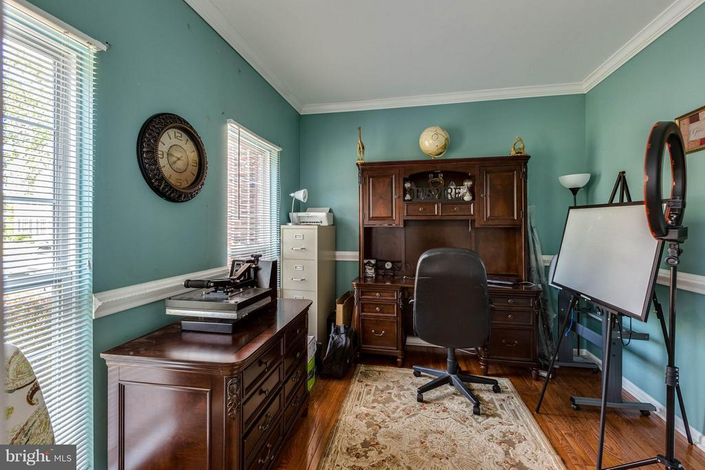Main Level Office/Study - 1801 DERRS CT, FREDERICK