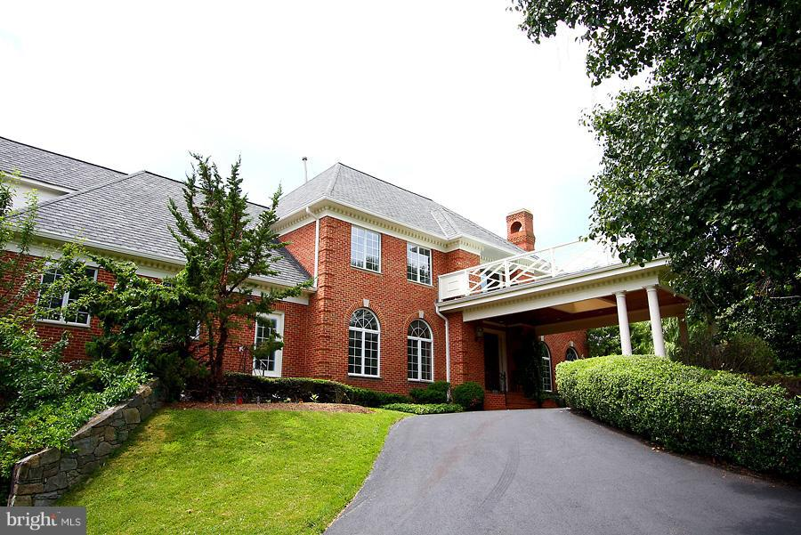 Other Residential for Rent at 8930 Harvest Square Ct Potomac, Maryland 20854 United States