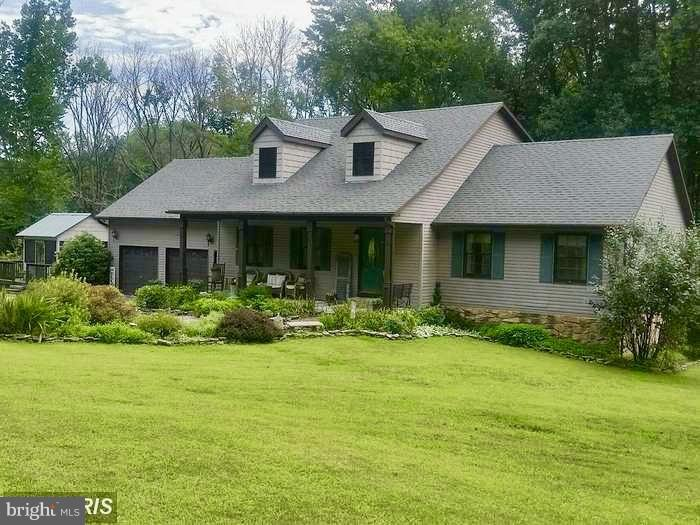 Single Family for Sale at 1737 Sycamore Dr Capon Bridge, West Virginia 26711 United States