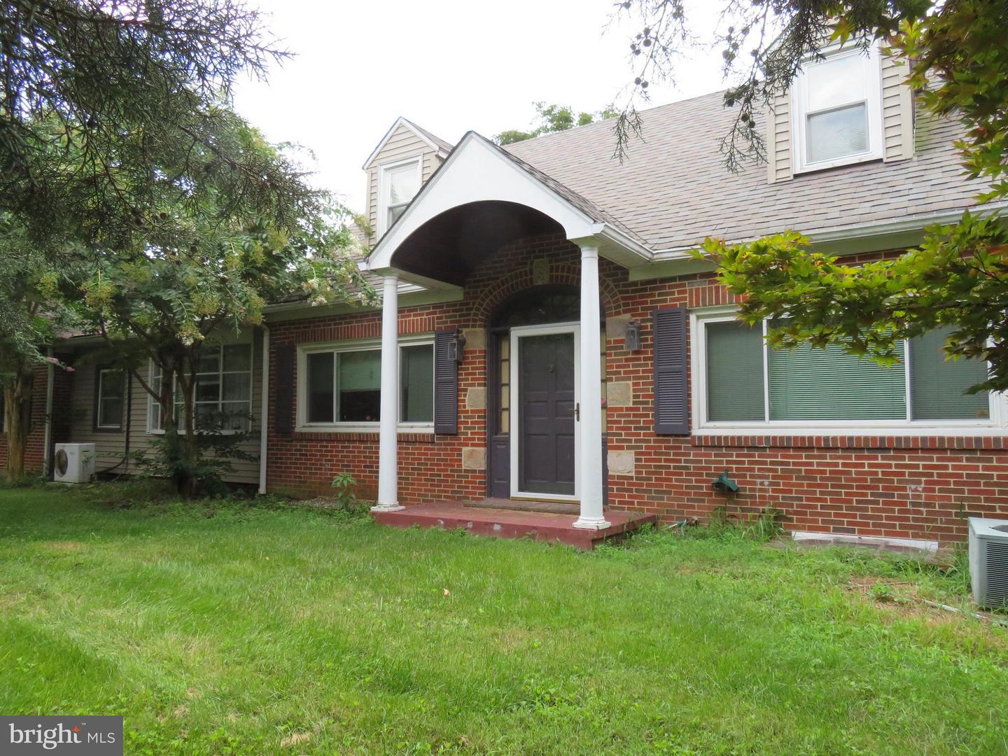 Single Family for Sale at 22400 Dickerson Rd Dickerson, Maryland 20842 United States