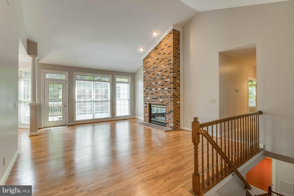 Living Room refinished wood floors gas fireplace - 1 BRIDGECREEK CT, STAFFORD