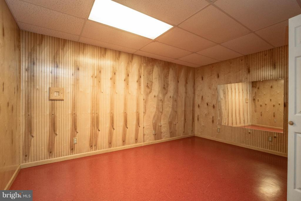Exercise room located in basement - 1 BRIDGECREEK CT, STAFFORD