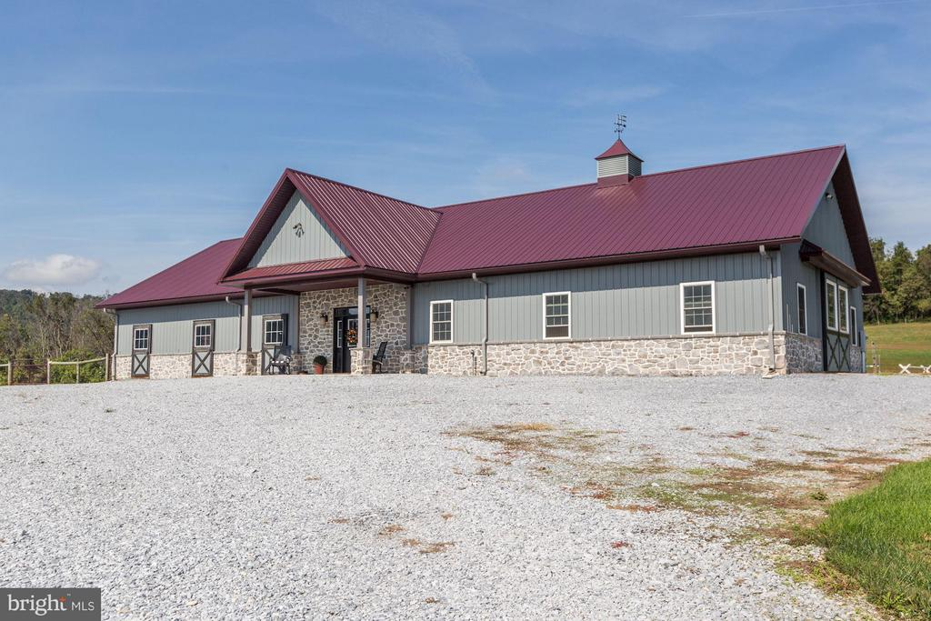 Horse stable - 10711 EASTERDAY RD, MYERSVILLE