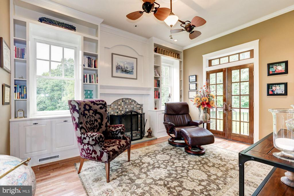 Office/library - 10711 EASTERDAY RD, MYERSVILLE