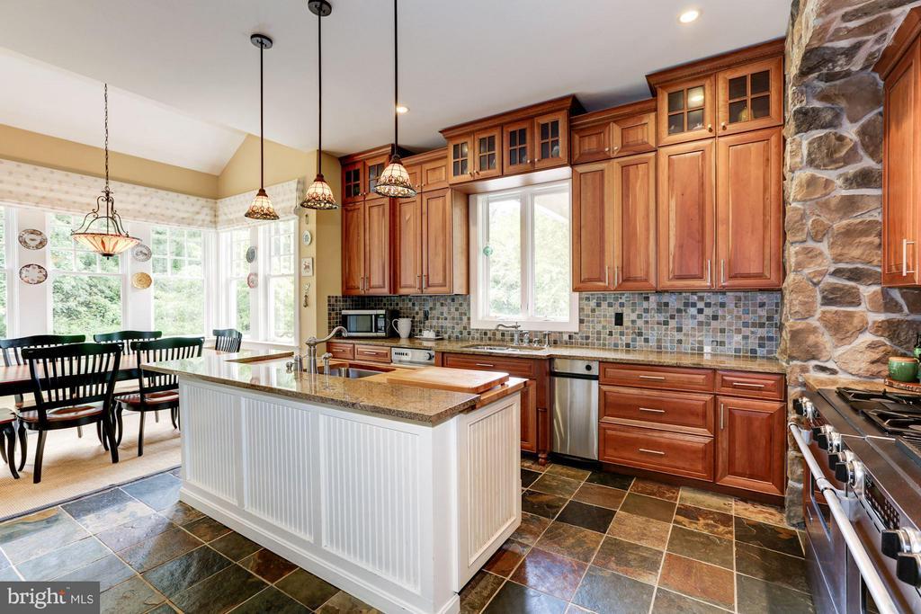 Kitchen - 10711 EASTERDAY RD, MYERSVILLE