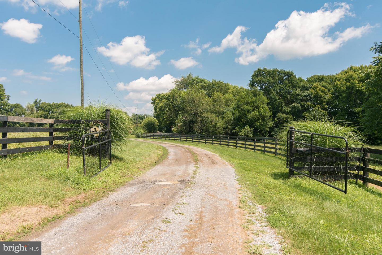 Farm for Sale at 2498 Ridge Rd Shenandoah Junction, West Virginia 25442 United States
