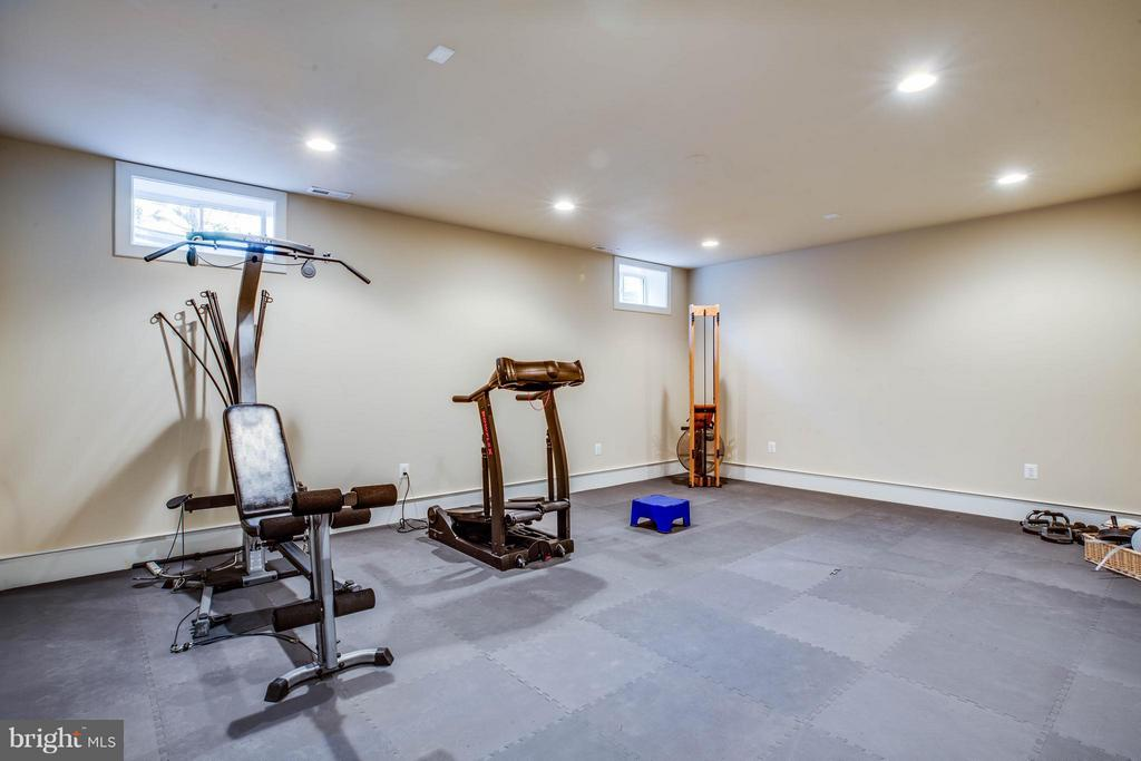 Exercise Room~Basement Space Ready for Your Design - 3 MERIDAN LN, STAFFORD