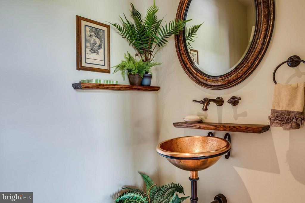 Powder Bath on Main Level~Custom Copper Sink - 3 MERIDAN LN, STAFFORD