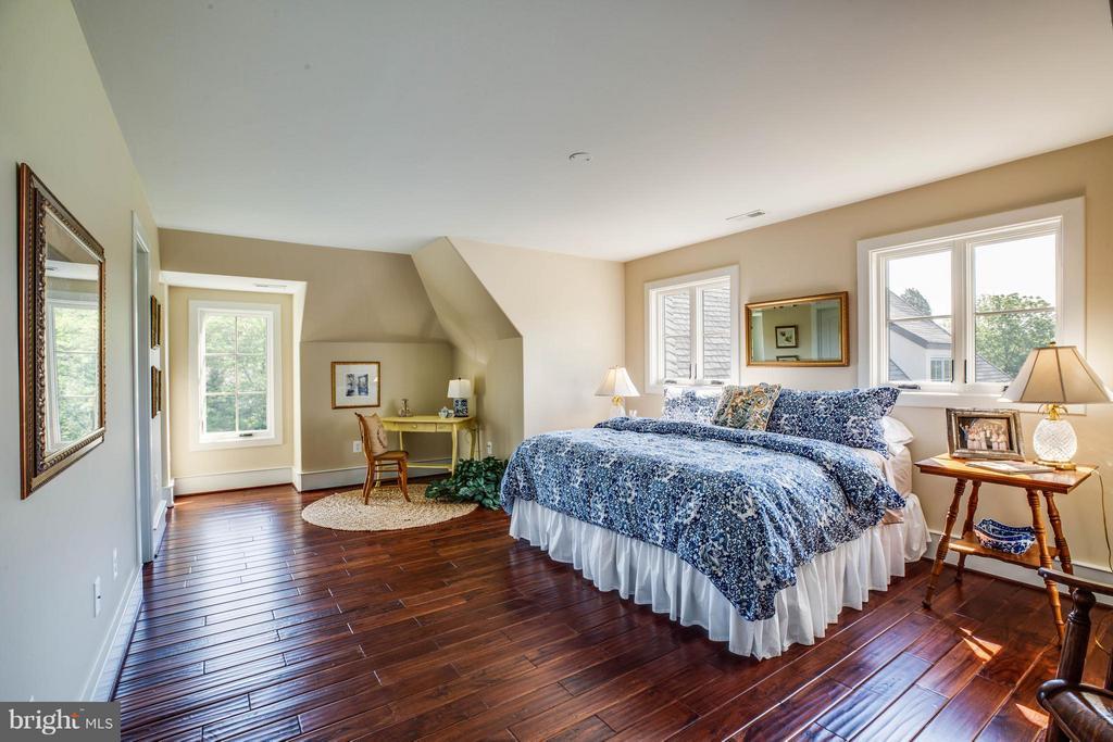 Bedroom #3~Rear of Home~Connecting to Bath - 3 MERIDAN LN, STAFFORD