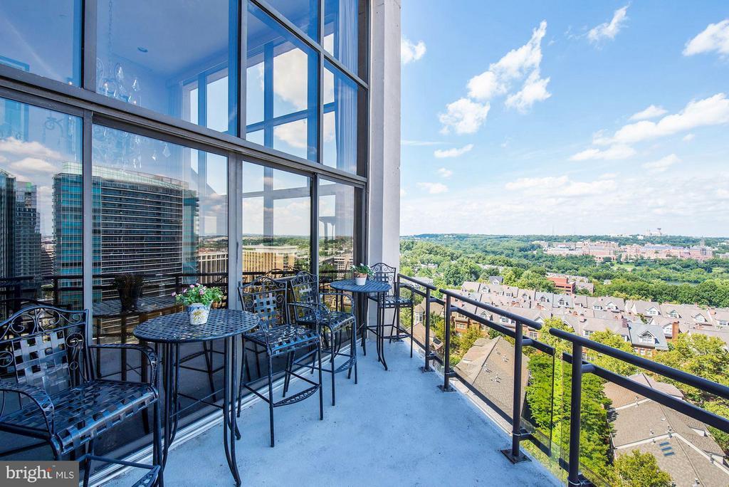 View from Main Balcony 1 of 2 - 1530 KEY BLVD #1324, ARLINGTON
