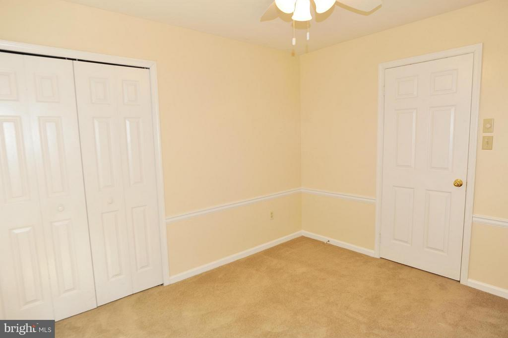 Third Bedroom - 7589 RUXTON DR, SPRINGFIELD
