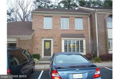Photo of home for sale at 6207 Old Keene Mill Court, Springfield VA