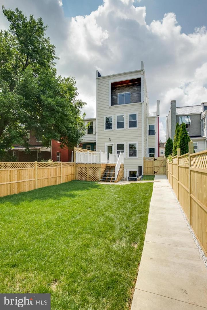 Additional photo for property listing at 539 Randolph St NW #3 539 Randolph St NW #3 Washington, District Of Columbia 20011 United States