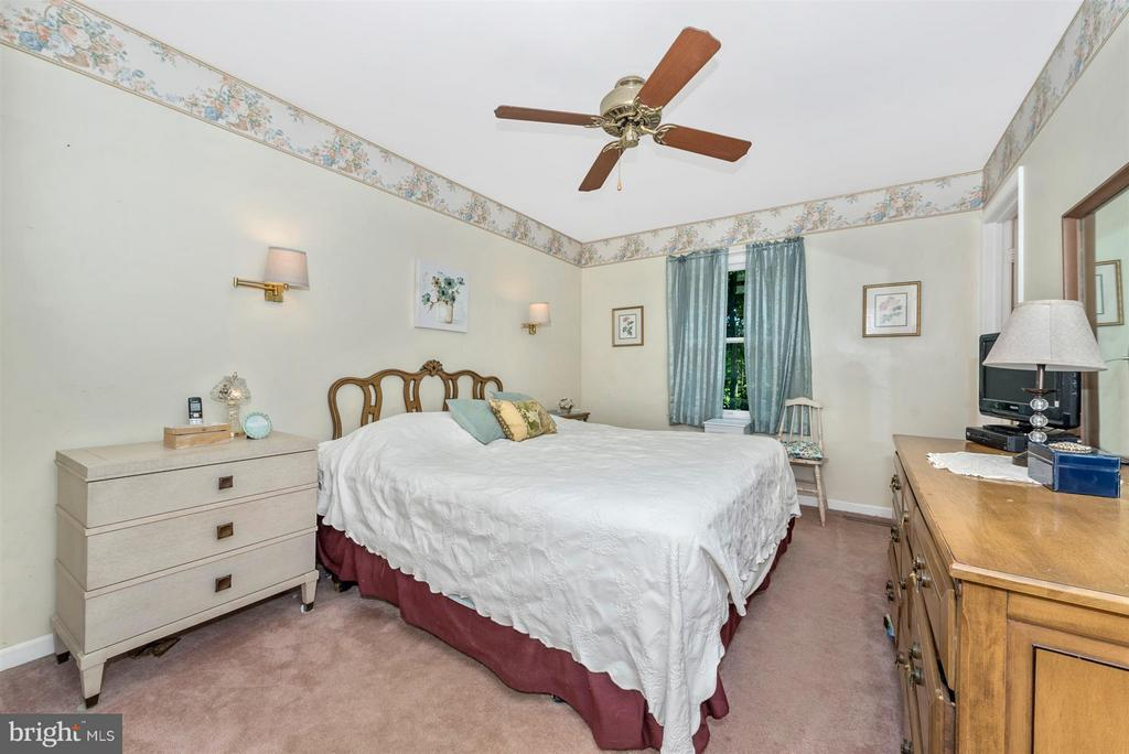 Bedroom (Master) - 4525 ROOP RD, MOUNT AIRY