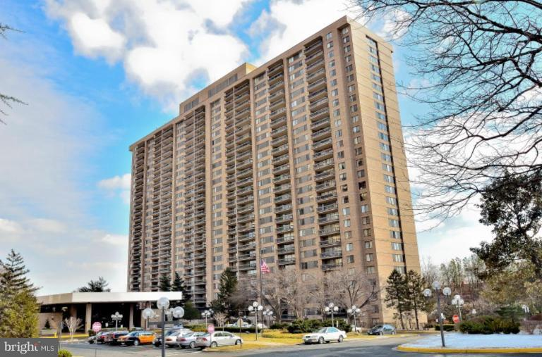 Exterior (Front) - 3705 GEORGE MASON DR S #1116S, FALLS CHURCH
