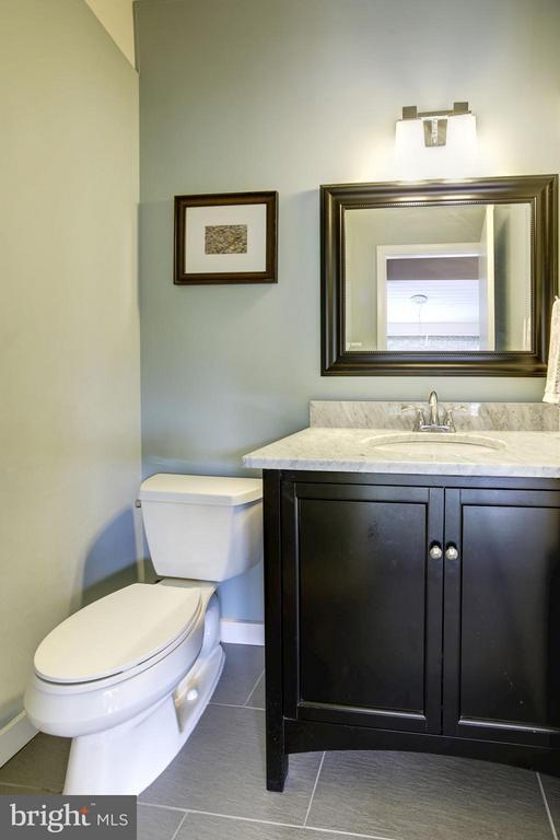 HALF BATHROOM - TRAVERTINE FLOORS, MARBLE COUNTER! - 6415 RECREATION LN, FALLS CHURCH