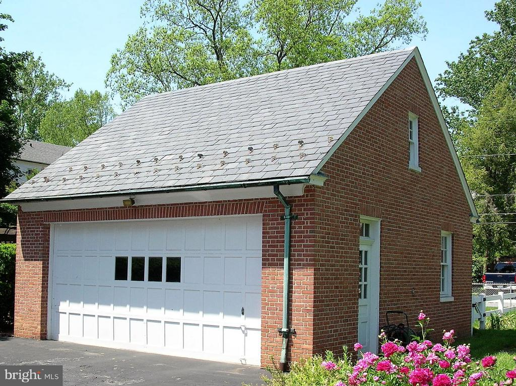 All brick two car garage with slate roof - 313 SECOND ST W, FREDERICK