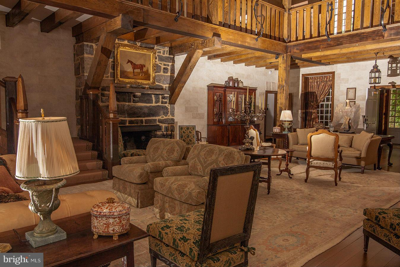 Additional photo for property listing at 445 Randleston Ln  Bluemont, Virginia 20135 United States