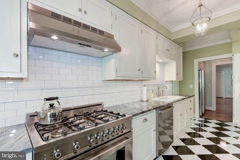 Kitchen - 1026 16TH ST NW #502/503, WASHINGTON