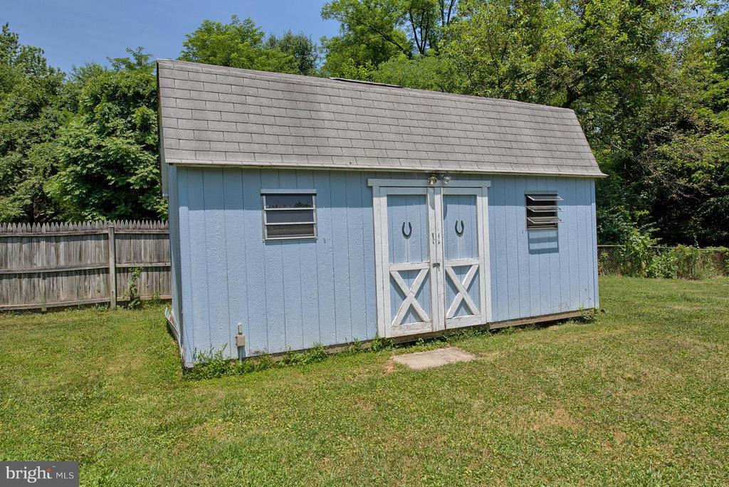 Storage shed with elelectric - 6504 FISH HATCHERY RD, THURMONT