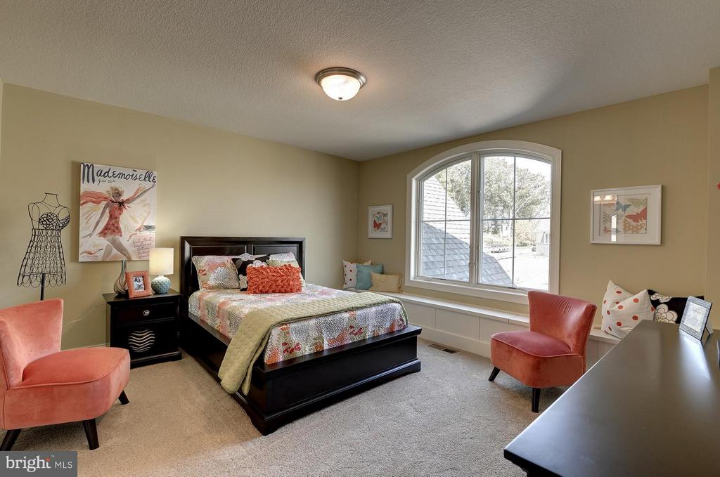 Bedroom - 6410 NEWMAN, CLIFTON