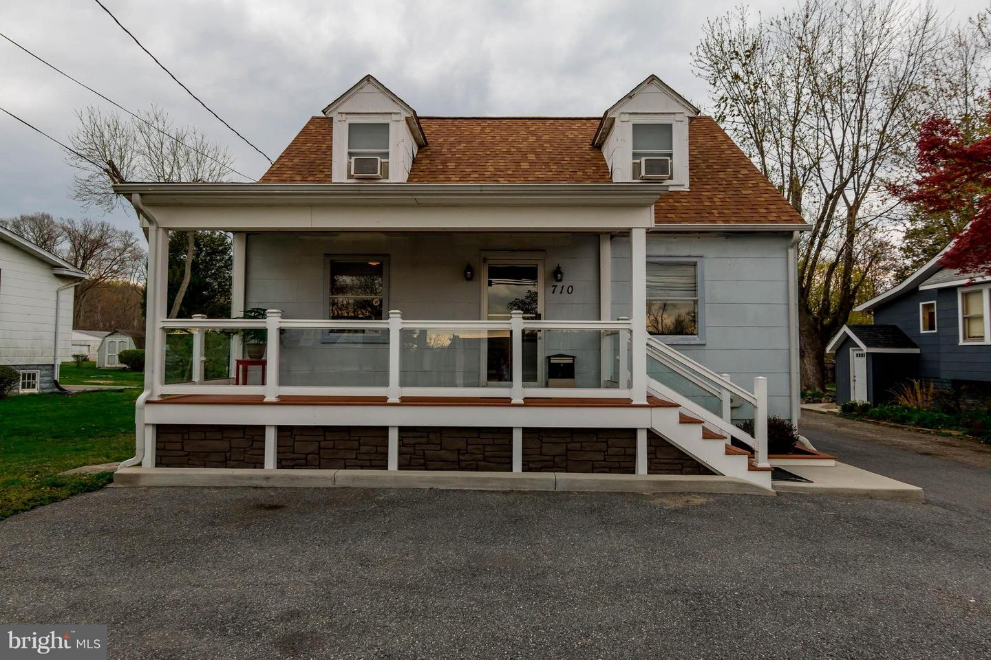 Commercial for Sale at 710 Hammonds Ferry Rd Linthicum Heights, Maryland 21090 United States