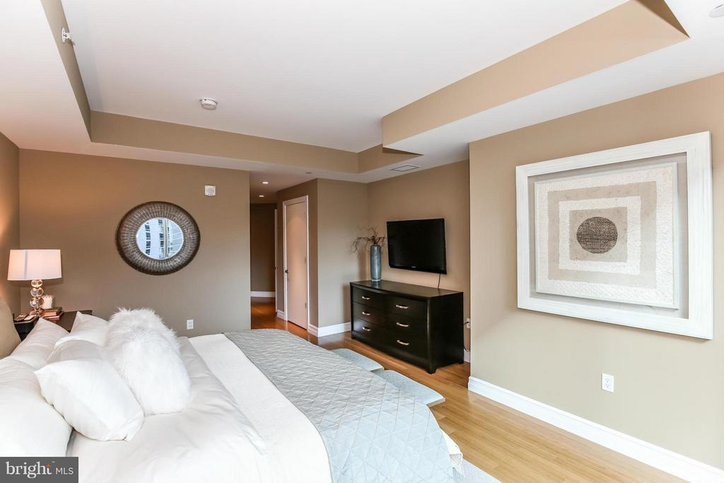 Bedroom (Master) - 1881 N NASH ST #601, ARLINGTON