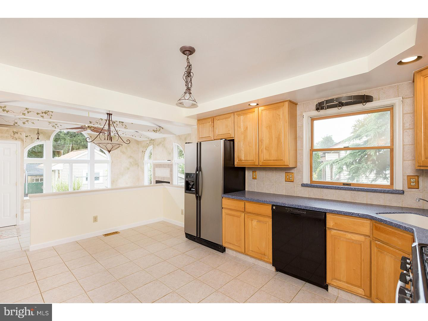 Photo of home for sale at 301 Dearborne Avenue, Gloucester Twp NJ