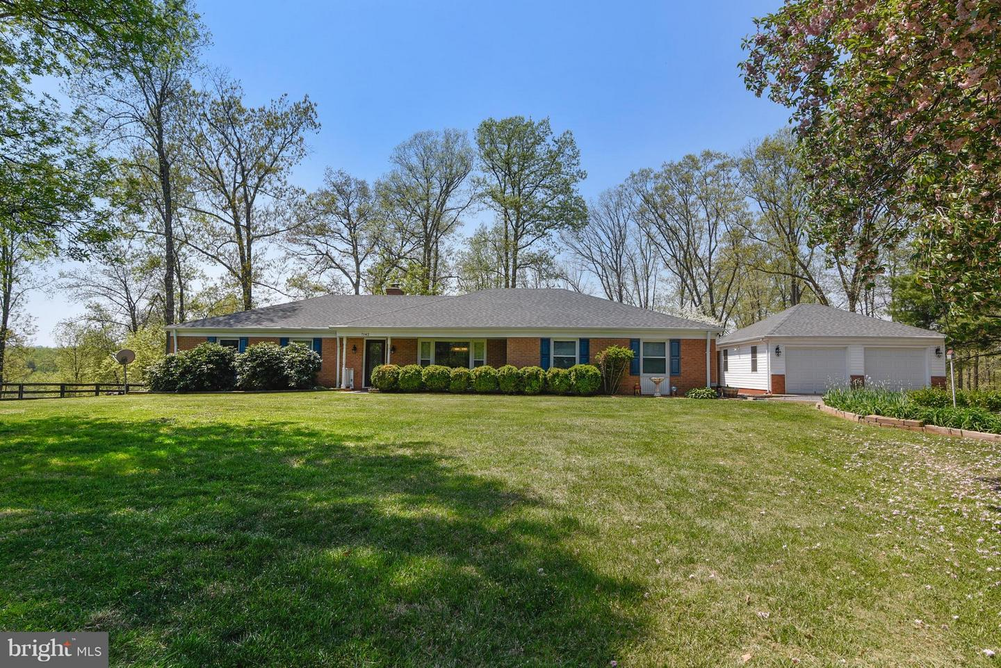 Single Family for Sale at 7142 Waterford Rd Rixeyville, Virginia 22737 United States