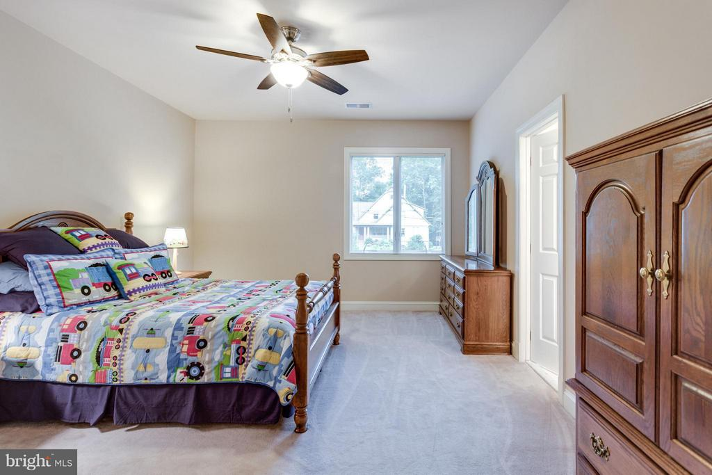 All BRs have Hunter ceiling fans - 3242 VALLEY LN, FALLS CHURCH