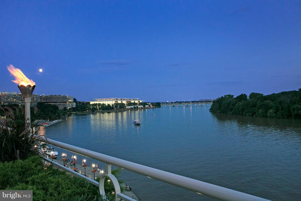 Down-River with Kennedy Center - 3030 K ST NW #PH217, WASHINGTON