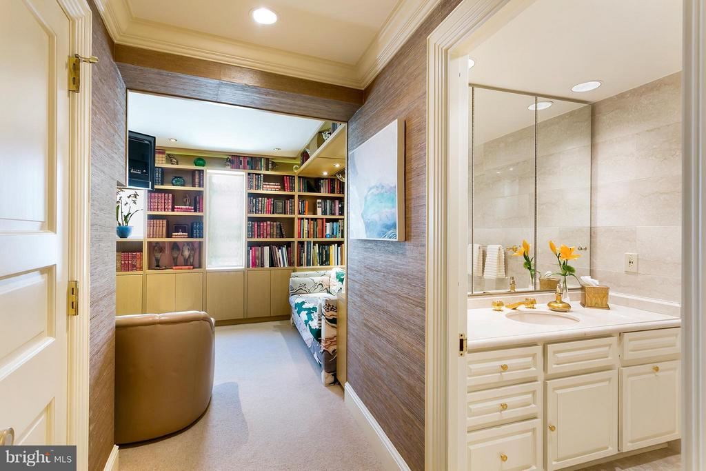 Guest Suite with Library - 3030 K ST NW #PH217, WASHINGTON