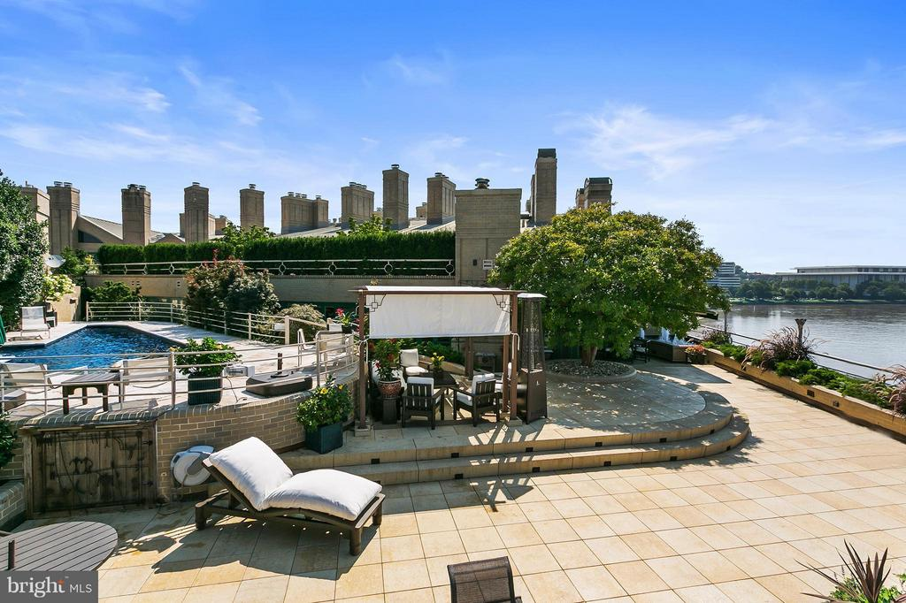 Expansive Private Terrace - 3030 K ST NW #PH217, WASHINGTON