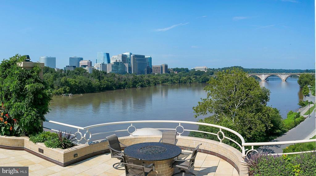 Up-River with Key Bridge - 3030 K ST NW #PH217, WASHINGTON