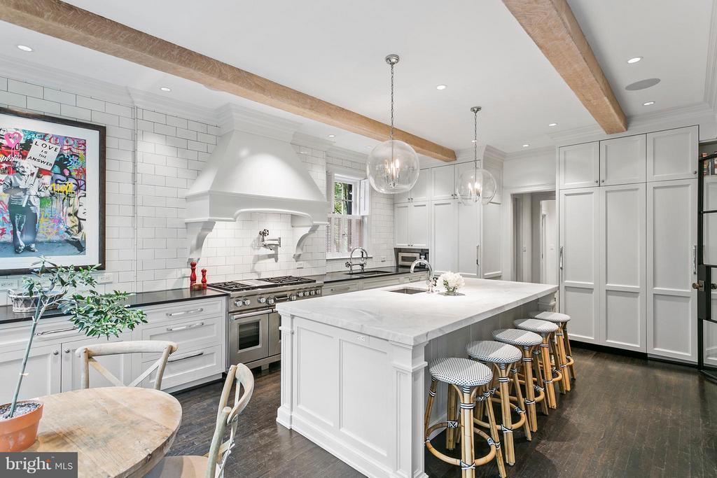 Kitchen - 3301 N ST NW, WASHINGTON