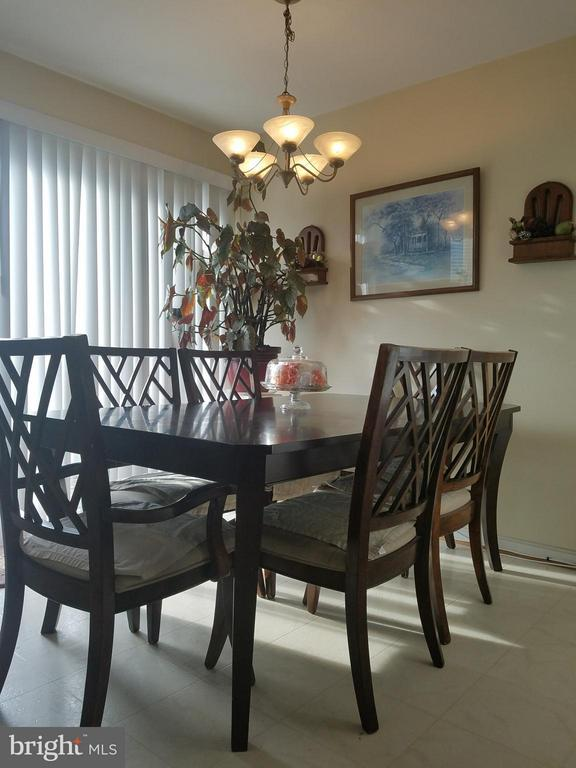 Living Room - 9463 LANAE LN, MANASSAS PARK