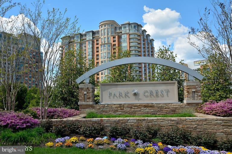 Single Family for Sale at 8220 Crestwood Heights Dr #708 McLean, Virginia 22102 United States