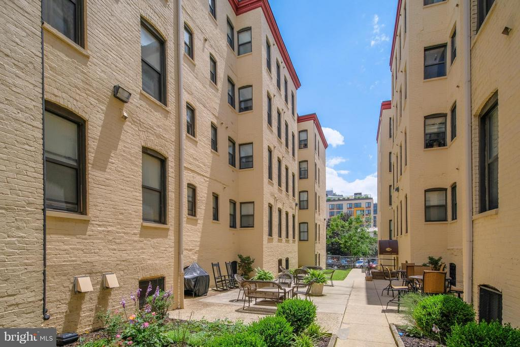 Exterior (General) - 1436 W ST NW #204, WASHINGTON