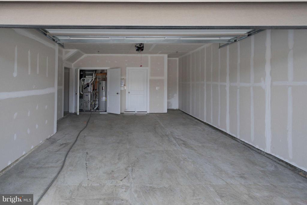Garage - 20086 OLD LINE TER, ASHBURN