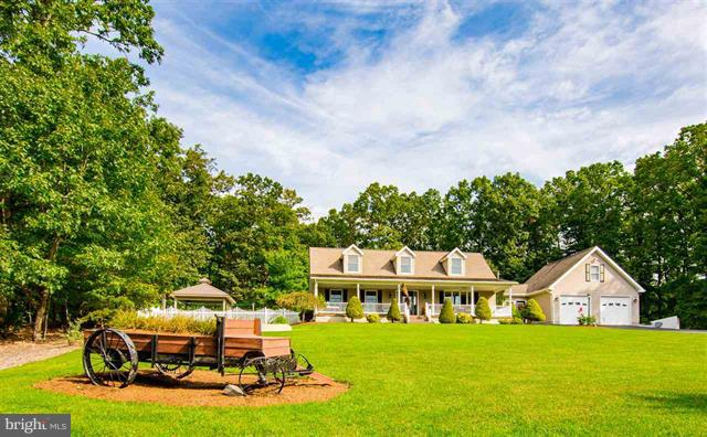 Single Family for Sale at 223 White Oak Ln New Market, Virginia 22844 United States