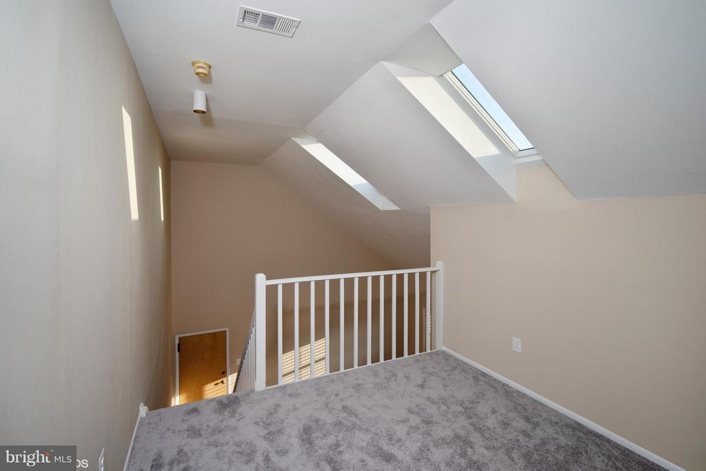 LOFT - 11509 AMHERST AVE #201, SILVER SPRING