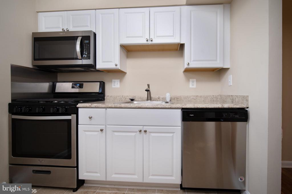 Kitchen - 11509 AMHERST AVE #201, SILVER SPRING