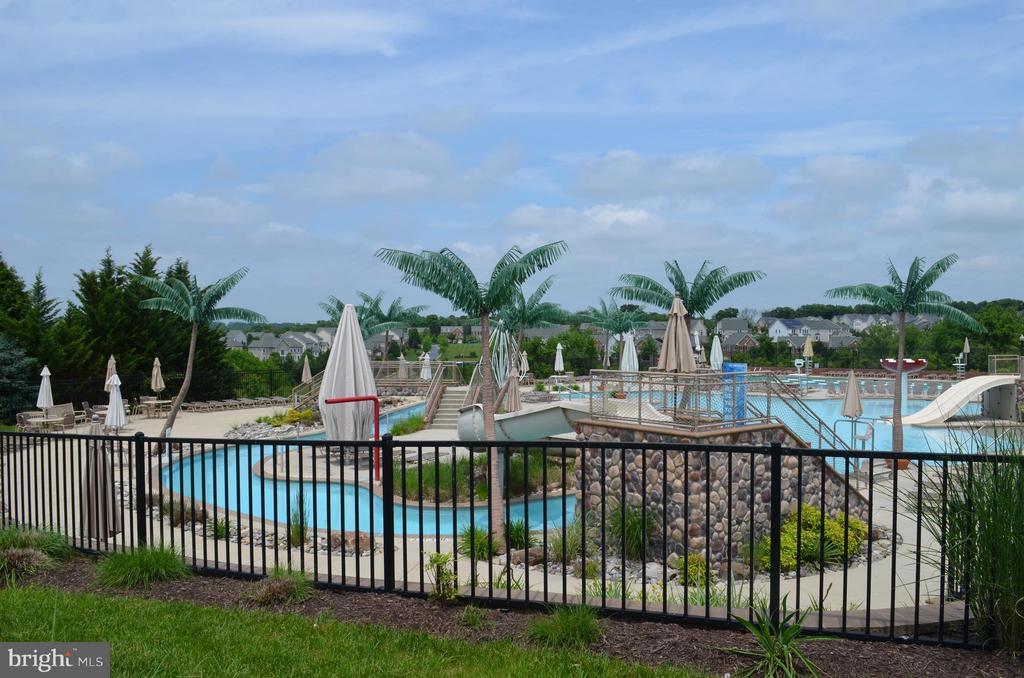 Community pools! - 3626 SINGLETON TER, FREDERICK