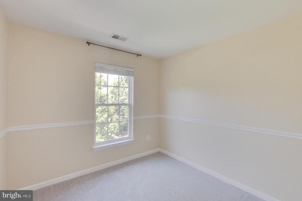 Nice-sized bedrooms upstairs with new carpet - 3626 SINGLETON TER, FREDERICK