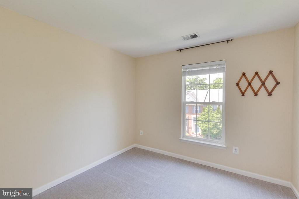 3rd bedroom upstairs - 3626 SINGLETON TER, FREDERICK