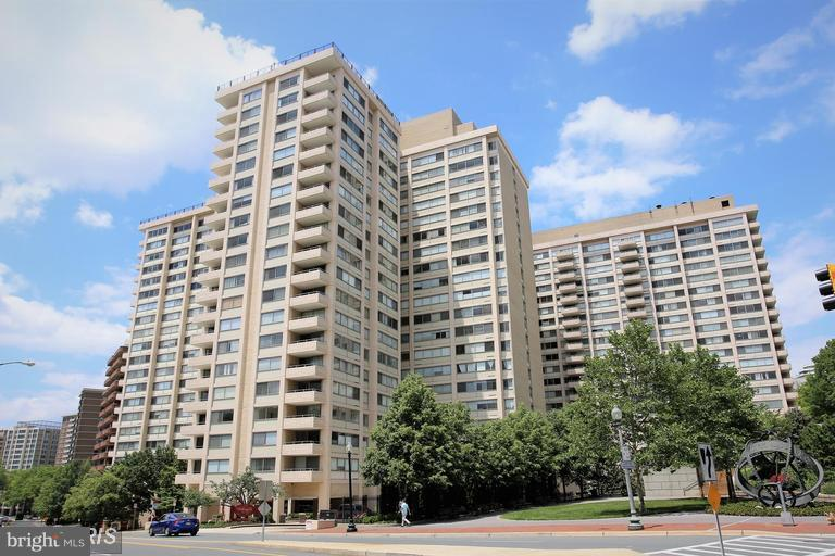 Exterior (Front) - 5500 FRIENDSHIP BLVD #1409N, CHEVY CHASE